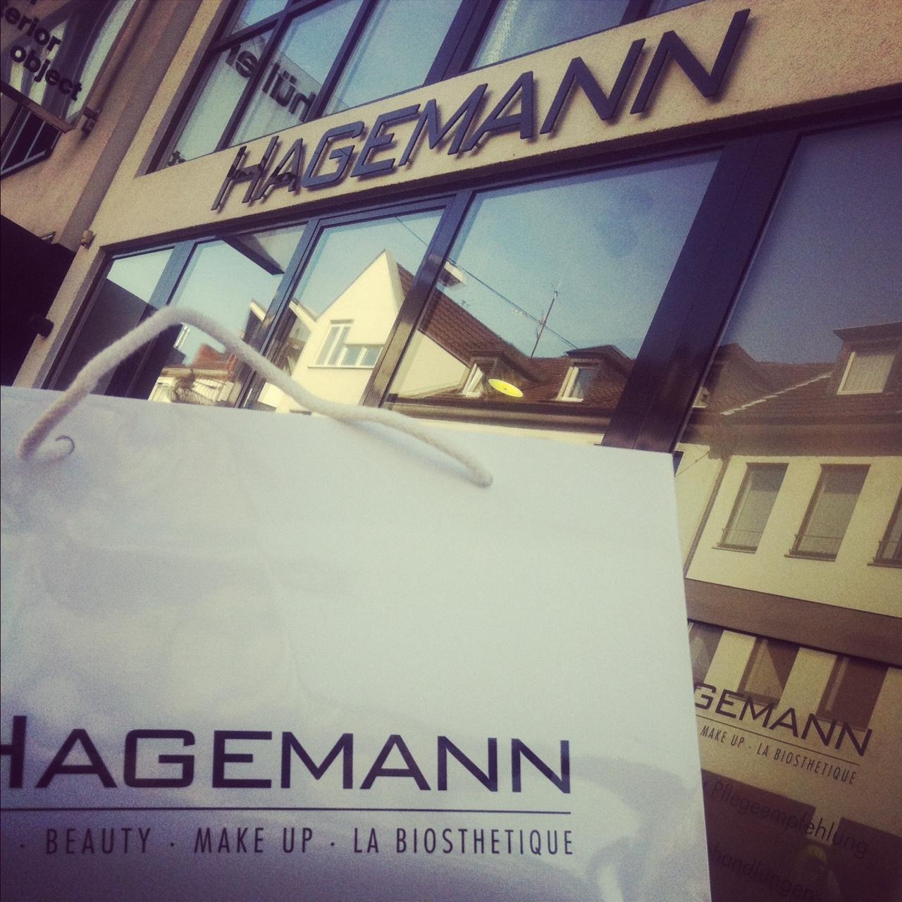 Waschen, schneiden, föhnen, pudern, massieren, genießen… und toll aussehen!!! // HAIR & BEAUTY HAGEMANN Bonn