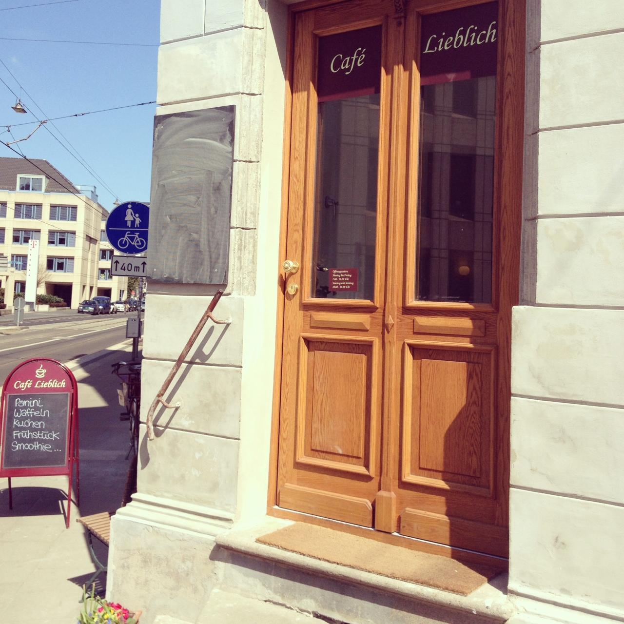 Frühstück wie bei der Tante einer besten Freundin // Das Café Lieblich in der Bonner Südstadt