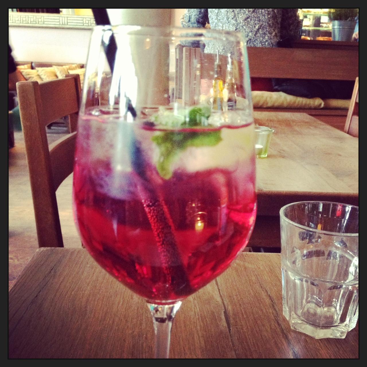 Auf den Sommer anstoßen // Mit leckeren Sommer-Getränken