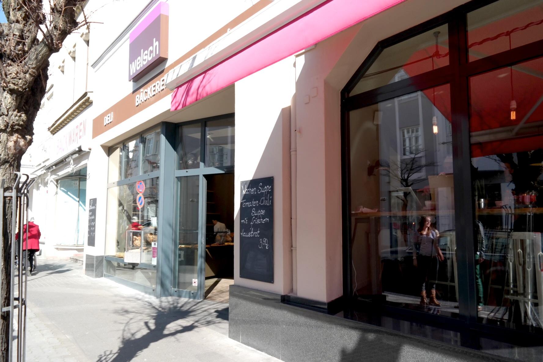 Da hat mal ein Café für Blogger mitgedacht :) // Café Welsch in Bad Honnef