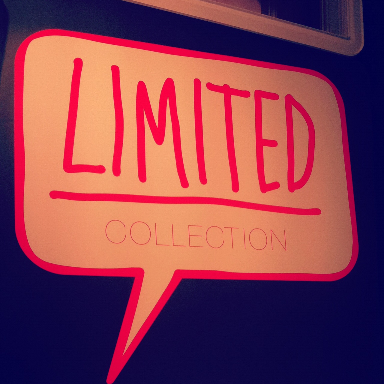 Oooh, eine weitere Limited Edition // Neon-Schmuck von Six