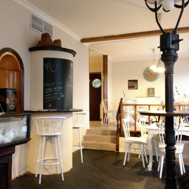Viele Mädchen Lieben Maes Café Veganes Café In Der Südstadt
