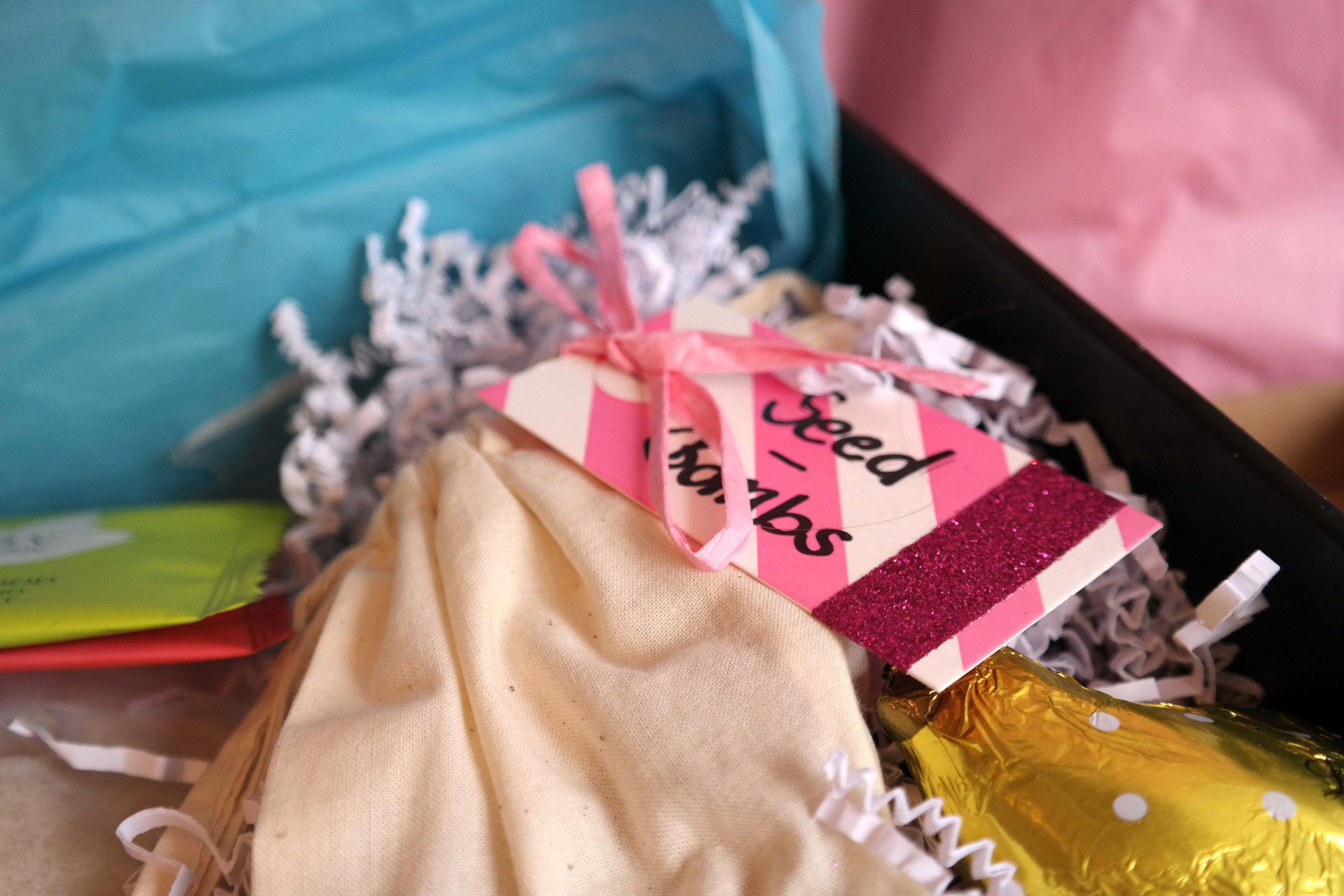 Die 4. Lovelyliciousbox von Bloggern für Blogger // Smells like Spring Spirit
