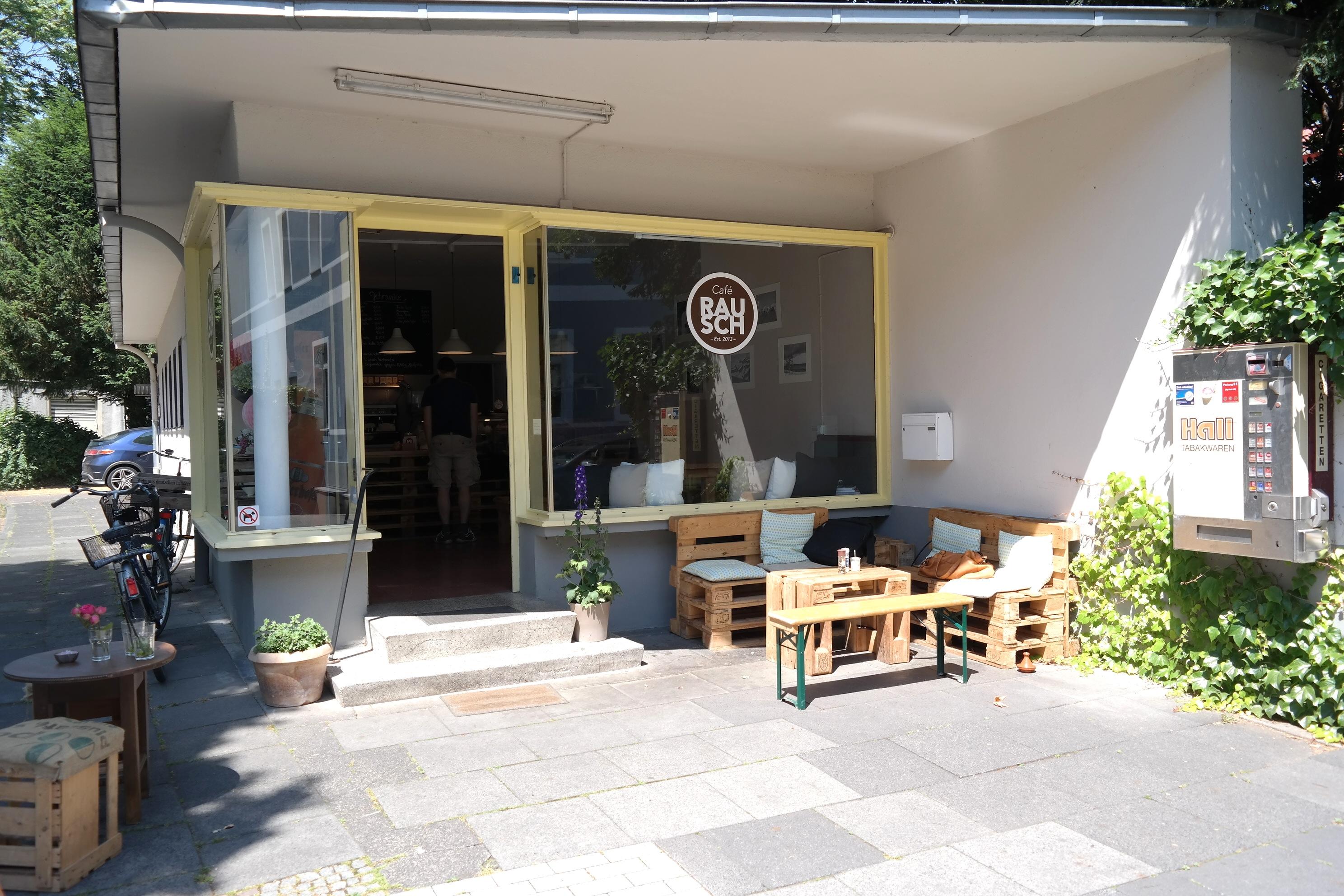 Ganz schön versteckt… aber einen Besuch wert // Das Café Rausch in der Südstadt